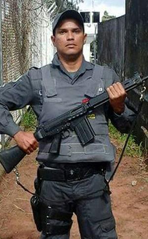 Soldado Daniel Henrique da Silva, de 34 anos, trabalha na guarda da Cadeia Pública de Natal (Foto: Divulgação/Polícia Militar)