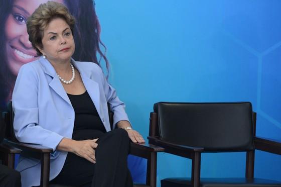 A presidente Dilma Rousseff no lançamento do Programa de Investimento em Energia Elétrica (Foto: Antonio Cruz/ABr)