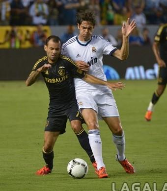 Juninho Los Angeles Galaxy x Real Madrid Kaká (Foto: Divulgação/ Los Angeles Galaxy)