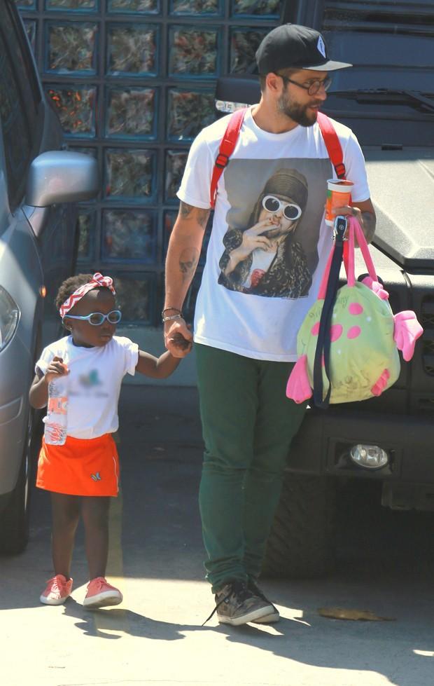 Bruno Gagliasso com a filha, Titi (Foto: Agnews)