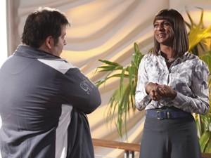 Dorothy diz que vai ser mãe de Barata (Foto: Raphael Dias / TV Globo)