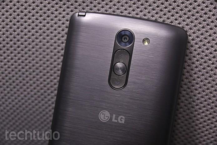 Detalhes da traseira do LG G3 Stylus (Foto: Lucas Mendes/TechTudo)