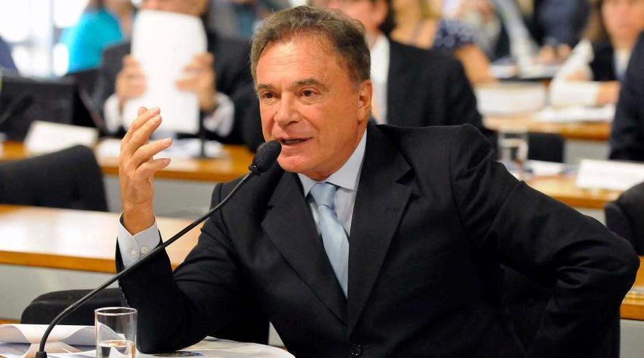 Alvaro Dias (PV-PR) se declarou 'independente' (Foto: Divulgação)