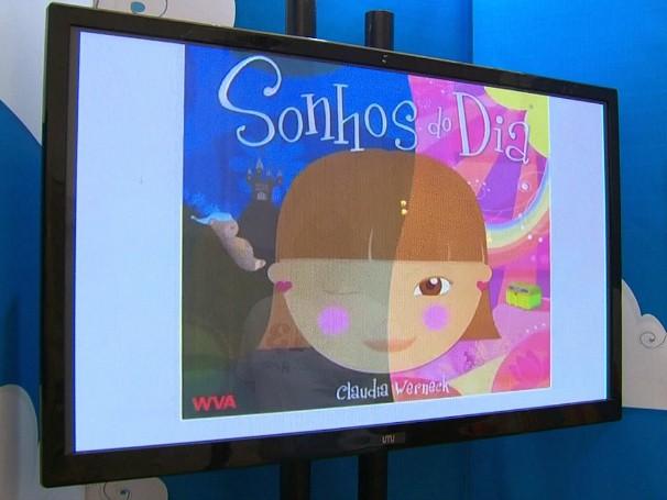 """Livro Sonhos do Dia, escrito por Claudia Werneck: instalação mostra as diferentes formas de se """"ler"""" um livro (Foto: Globo)"""