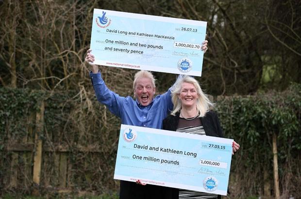 David e Kathleen Long superou todas as probabilidades ao ganhar duas vezes na loteria em um intervalo de menos de dois anos (Foto: Lynne Cameron/PA/AP)