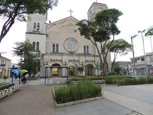 Fachada da Catedral de Sant'Anna (Foto: Gabriela Stuart/G1 Mogi e Suzano)