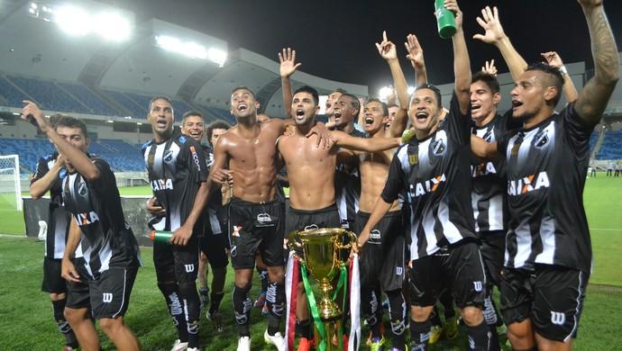 ABC - comemoração - jogadores (Foto: Jocaff Souza/GloboEsporte.com)