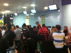 Problema em voo causa tumulto em Campina Grande  (Foto: Roberta Castro/ Arquivo pessoal)