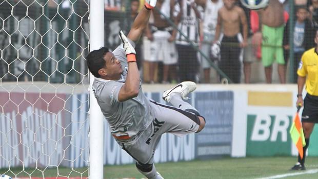 Fernando Henrique, goleiro do Ceará (Foto: Viviane Pinheiro / Ag. Diário)