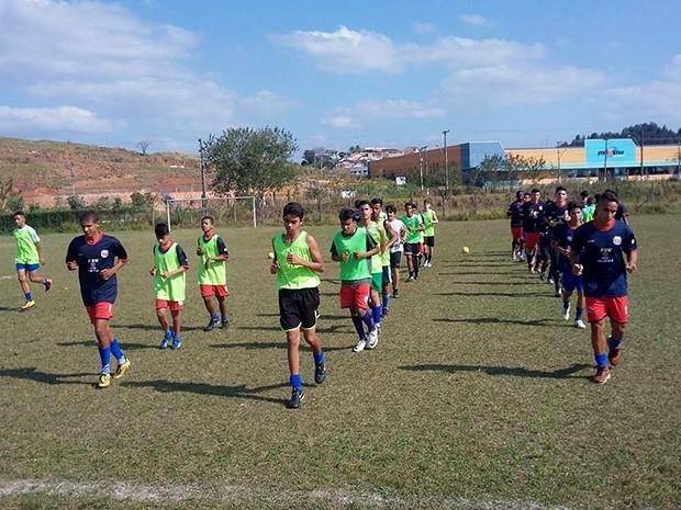 Juventude Nota 10 estimula o desenvolvimento social através do esporte (Foto: Divulgação)