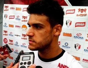 Ronaldo, atacante do Joinville (Foto: Gabriel Fronzi/ Rádio 89.5 FM)
