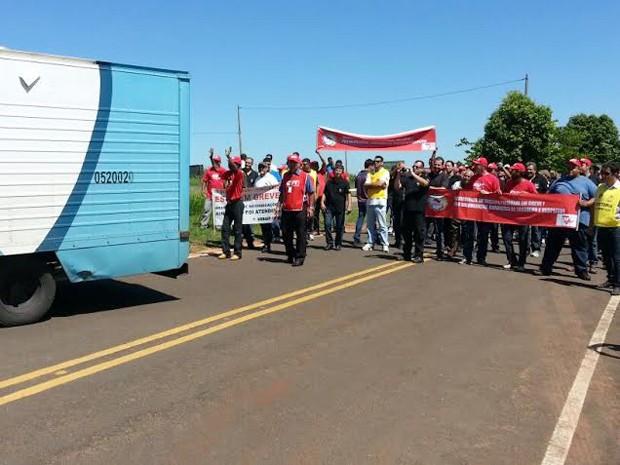 'Linhão' teve que voltar aos presídios de origem, após protesto dos agentes penitenciários em greve (Foto: Claudinei Troiano/TV Fronteira)