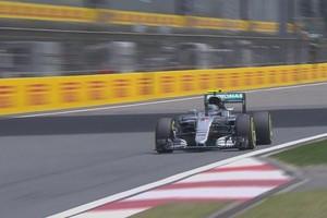 Nico Rosberg em ação no 1º treino livre para o GP da China (Foto: Divulgação)