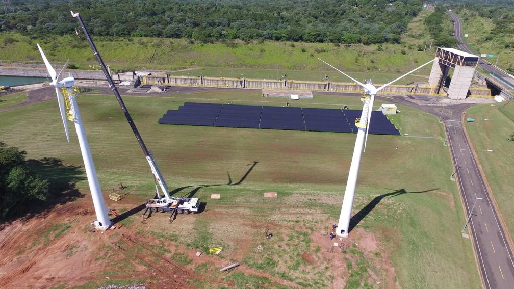 Torres ficam na área da usina hidrelétrica de Porto Primavera, em Rosana (Foto: Secretaria Estadual de Energia e Mineração/Divulgação)