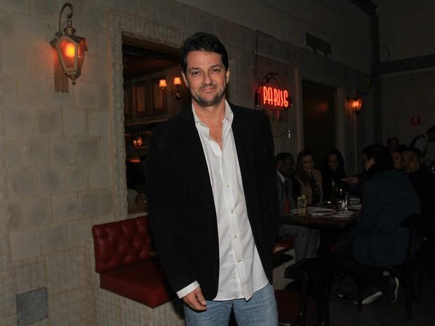 Marcelo Serrado em restaurante em São Paulo (Foto: Cláudio Augusto/ Foto Rio News)