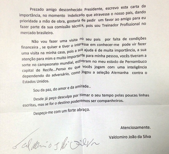 Carta do técnico brasileiro Valdomiro para o Bayer Leverkusen (Foto: Clicia Oliveira)