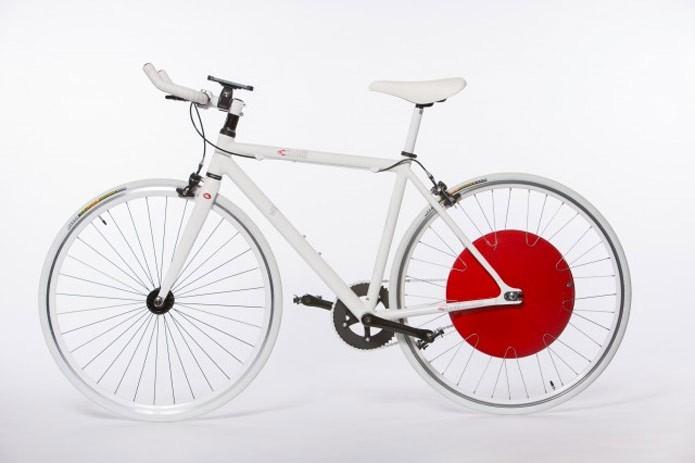 Segundo o fabricante, dispositivo pode ser adaptado a qualquer bike (Foto: Divulgação)