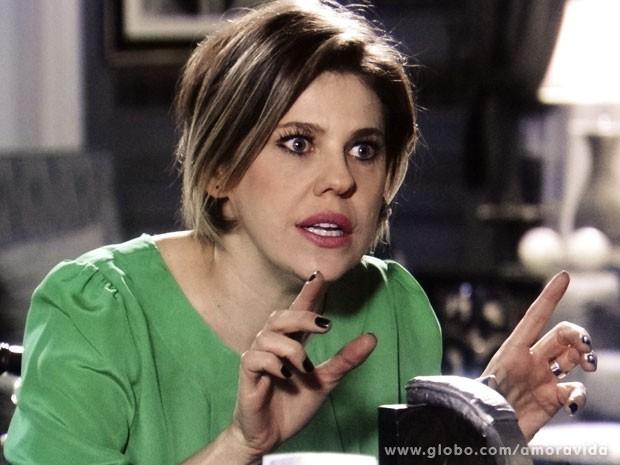 Edith se preocupa em prejudicar Aline (Foto: Amor à Vida/ TV Globo)