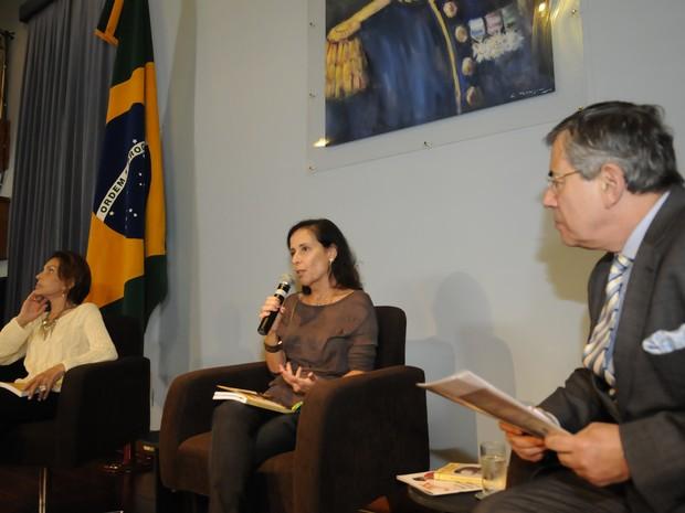 Maria Tereza e Denise Goulart participaram de evento em Porto Alegre (Foto: Marcelo Bertani/Agência ALRS)
