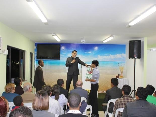 Ministério Incluir em Cristo reúne fiéis em cultos dominicais;  (Foto: João Phelipe Soares/G1)