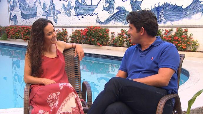 A atriz Alice Braga ama as praias da Bahia (Foto: TV Bahia)