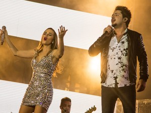 Thaeme & Thiago cantaram hits de Luan Santana, Cristiano Araújo e Gusttavo Lima.  (Foto: Mateus Rigola/G1)