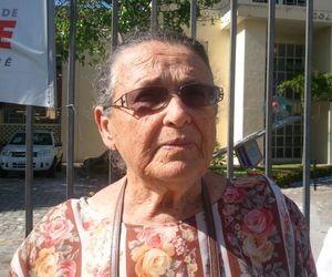 A aposentada Lígia Guimarães Leite, de 71 anos, também fez questão de exercer seu direito em Aracaju (Foto: Marina Fontenele/G1 SE)
