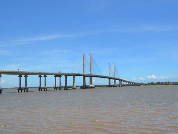 Ponte Aracaju/Barra dos Coqueiros é um dos principais acesso ao local (Foto: Flávio Antunes/G1)