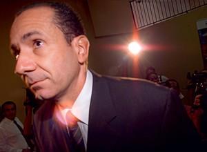 DINHEIRO Rodrigo Silveirinha.  Ele acumulou  US$ 8,7 milhões.  No escândalo como um todo, foram desviados  US$ 34 milhões (Foto: Marco Antonio Resende/Folhapress)