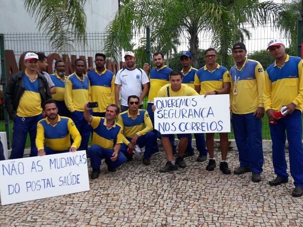 Funcionários dos Correios também participaram da manifestação  (Foto: CUT/Divulgação)