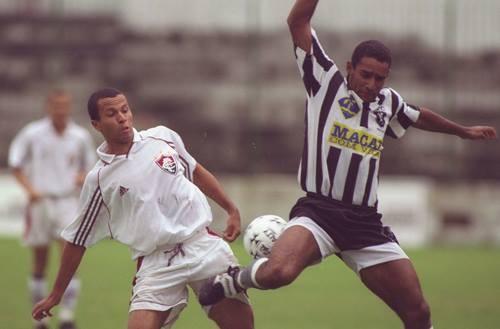 Alvinegro, Botafogo de Macaé perdeu invencibilidade de 28 jogos contra o Fluminense, pela Copa Rio de 1999 (Foto: Alvinegro, Botafogo de Macaé perdeu invencibilidade de 28 jogos contra o Fluminense, pela Copa Rio de 1999)