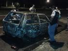 Carro estacionado é incendiado e fica destruído em Sinop (MT)