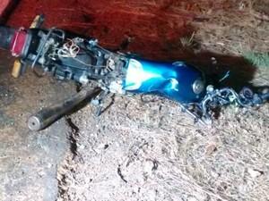 Taxista informou que farol da moto estava desligado no momento do acidente (Foto: Arquivo pessoal)