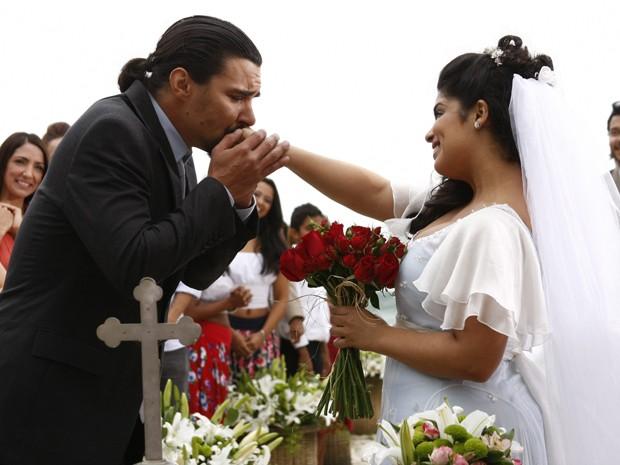 Pedro e Gracinha se casam (Foto: Amor Eterno Amor / TV Globo)