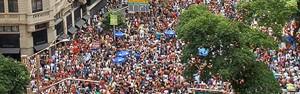 Monobloco lota Centro do Rio com Blue Man Group (Monobloco lota Centro do Rio com Blue Man Group (Veja imagens do desfile do Monobloco (Veja imagens do desfile do Monobloco (Alexandre Durão/G1))))