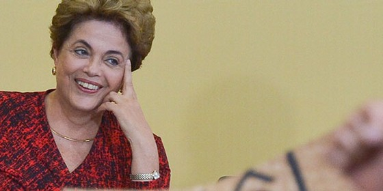 Dilma Rousseff em cerimônia no Palácio do Planalto (Foto: Antonio Cruz/Agência Brasil)