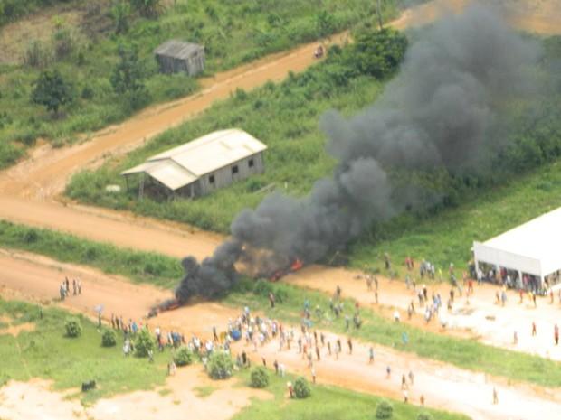 Área de conflito entre policiais da Força Nacional e famílias, na Floresta Nacional Bom Futuro (Foto: Ivon Camilo/Alerta Notícias)