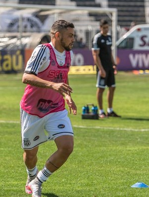 Felipe Azevedo, atacante Ponte Preta (Foto: Fabio Leoni/PontePress)