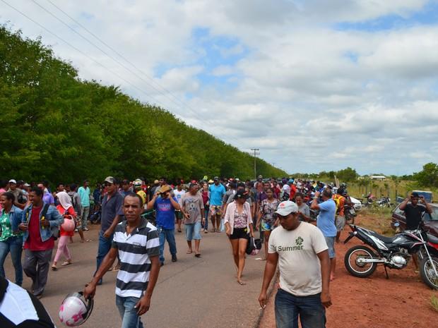 Cerca de 500 barracos foram destruídos pela Prefeitura na região do Bom Intento, zona Rural da capital (Foto: Emily Costa/ G1)