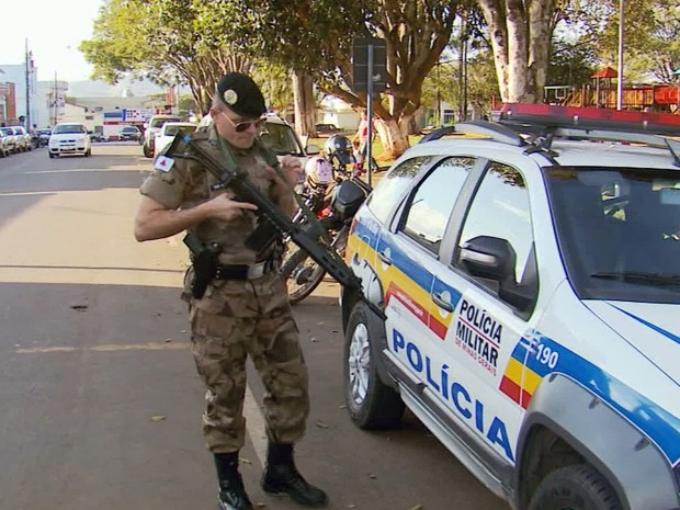 Trabalhadores do setor bancário pedem mais segurança em agências do Sul de Minas (Foto: Reprodução EPTV)