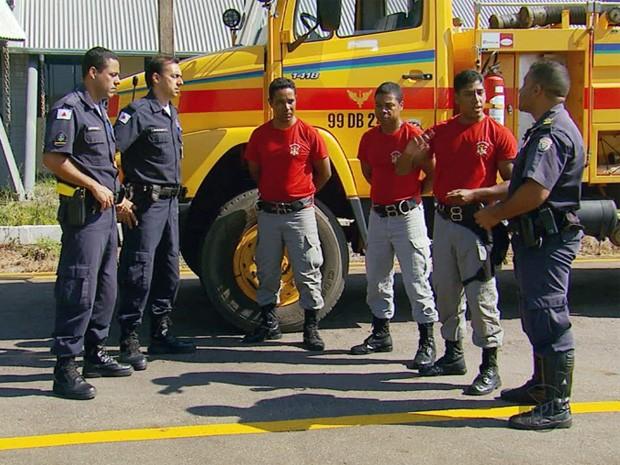 Brigadistas do Rio de Janeiro vão trabalhar em Varginha. (Foto: Reprodução EPTV)