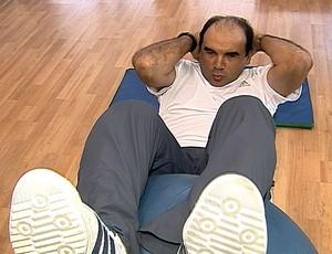 FRAME Ricardo Gomes durante tratamento  (Foto: Reprodução)