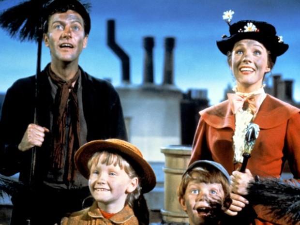 Cena do filme 'Mary Poppins', de 1964. A história da produção será contada no filme 'Saving Mr. Banks', previsto para 2013 (Foto: Divulgação)