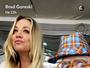 Kaley Cuoco deixa o seio à mostra nas redes sociais