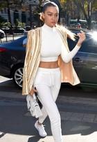 Gigi Hadid mostra como combinar calças de moletom em cinco looks