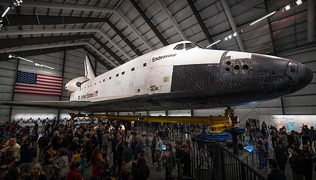 Endeavour abertura (Foto:  Bill Ingalls/Nasa)