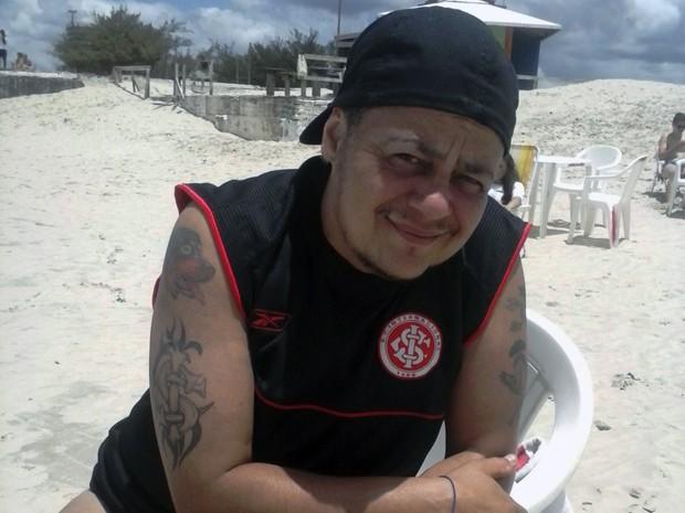 Renato Fonseca espera há sete anos por cirurgia de troca de sexo pelo SUS (Foto: Arquivo pessoal)