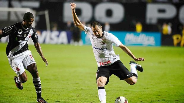 Corinthians x Vasco, Danilo (Foto: Marcos Ribolli / Globoesporte.com)
