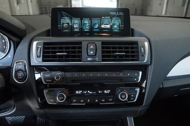 Sistema Connected Drive inclui assistente capaz de comunicar automaticamente um acidente (Foto: Divulgação)