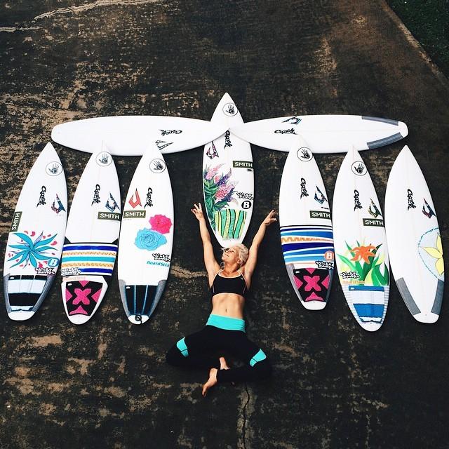 Tatiana Wston-Webb surfe na Nova Zelândia (Foto: Reprodução/Instagram)